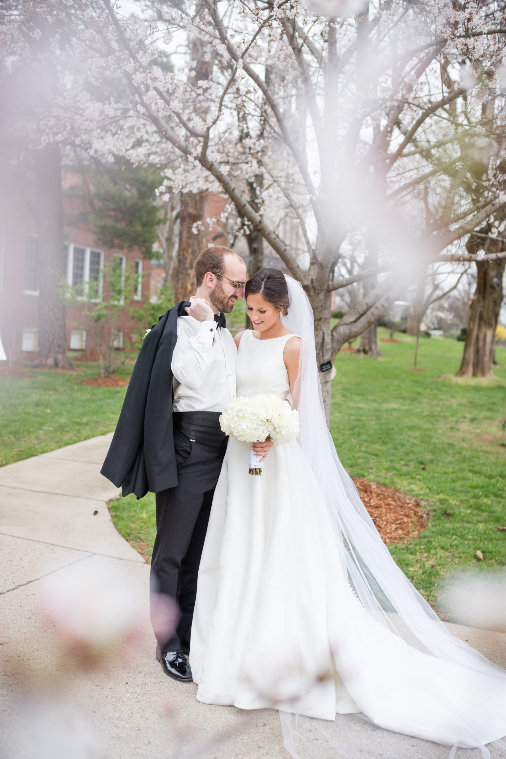 Spring Wedding at Belle Meade Country Club in Nashville, Tennessee by Sweet Williams Photography, a wedding and portrait photographer.
