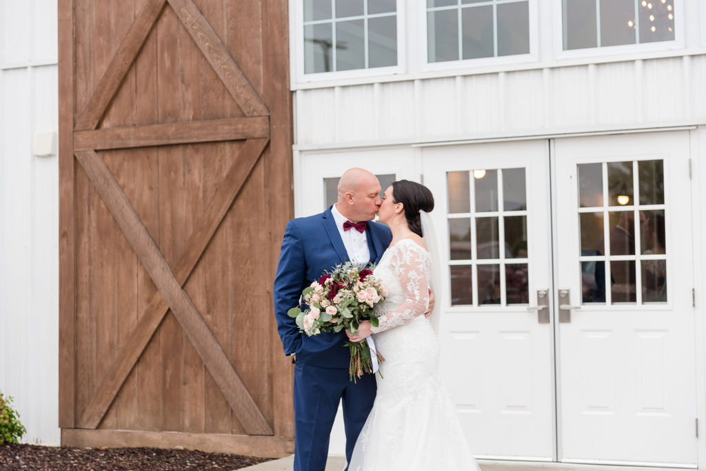 Fall Wedding at The Chapel inGallatin, Tennessee, Rebecca Musayev Photography is a wedding photographer serving the Nashville, Tennessee area and destination locations.